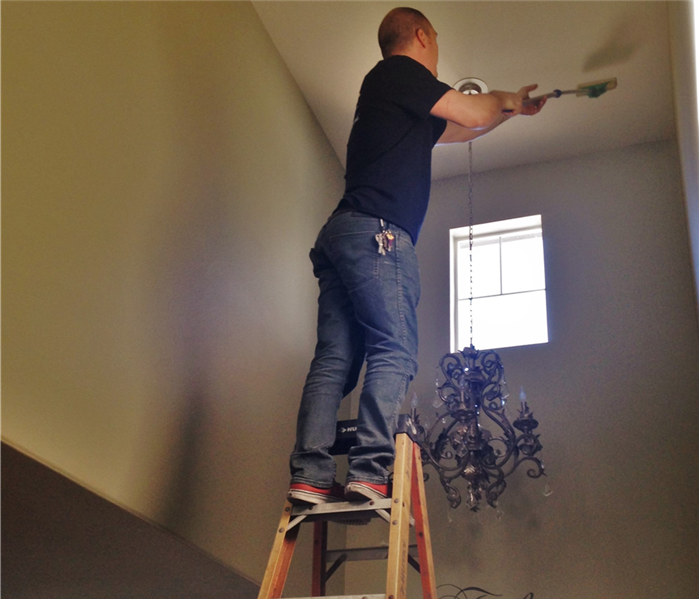Walls and Ceiling Cleaning
